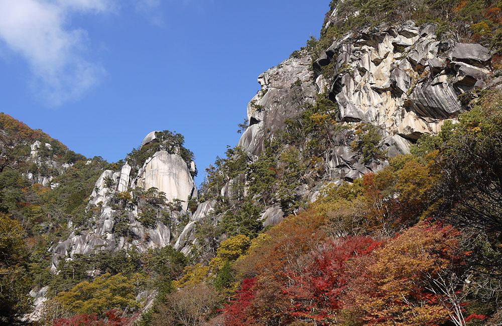 【山梨県の観光スポット】日本一の渓谷美!愛犬と御岳昇仙峡にお出かけしよう