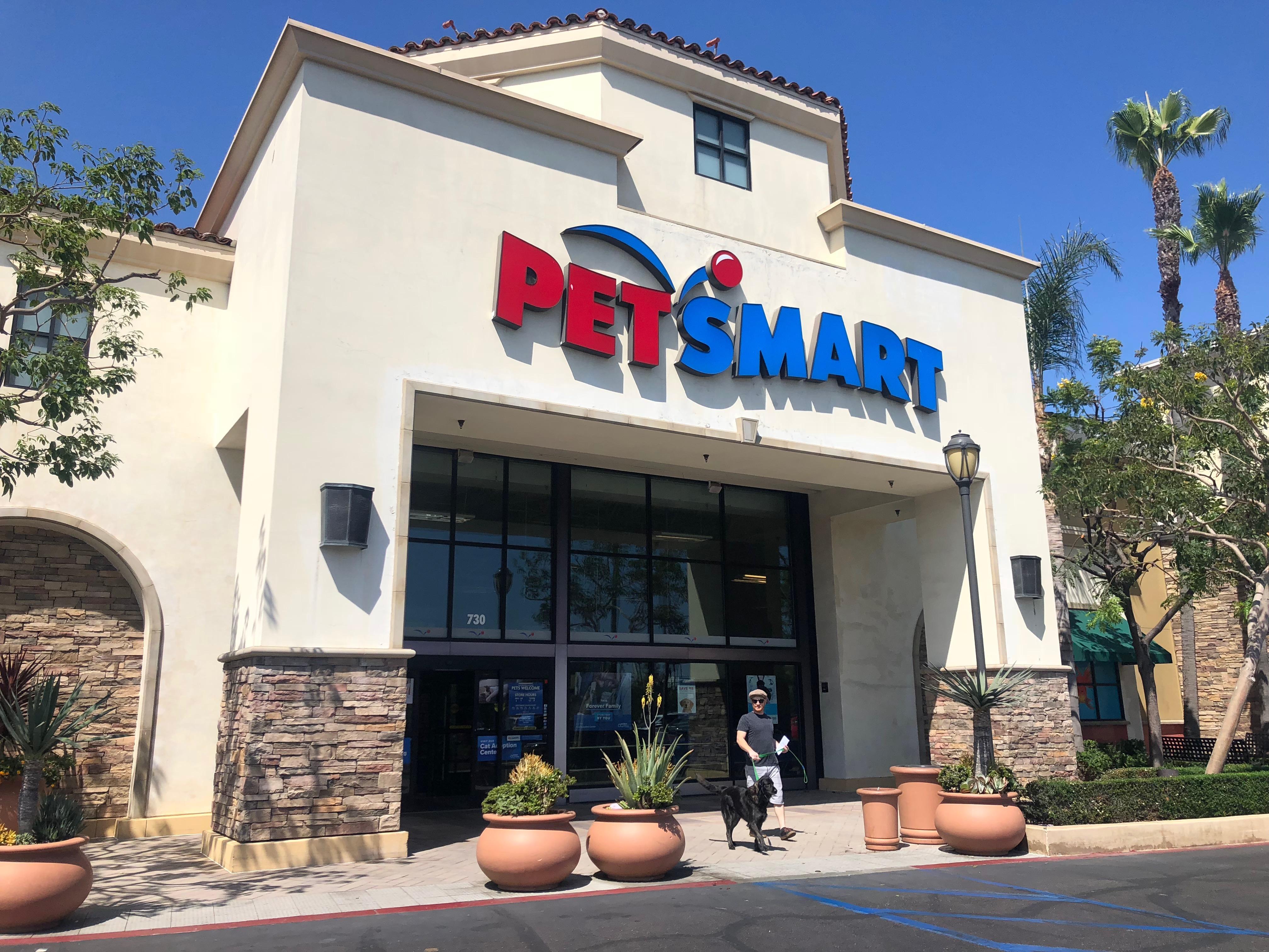 アメリカのペットショップ「PET SMART」の現地リポート!ペット先進国のペットショップ店内を徹底解説