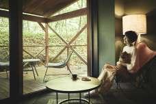 星野リゾート 奥入瀬渓流ホテル 奥入瀬渓流沿いの滞在を愛犬と楽しむ 「ペットルーム プライベートテラス付」誕生